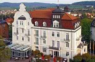 Deutschland Hessen Bad Wildungen Göbel's Hotel Quellenhof Hotelansicht
